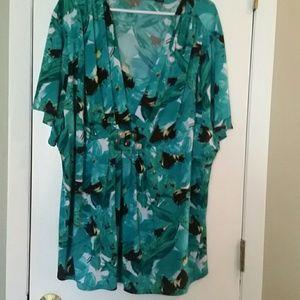 Plus size 3x blue print blouse short sleeve